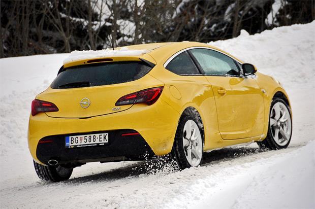 Opel za svoje ljubitelje pripremio specijalne akcije na Kopaoniku
