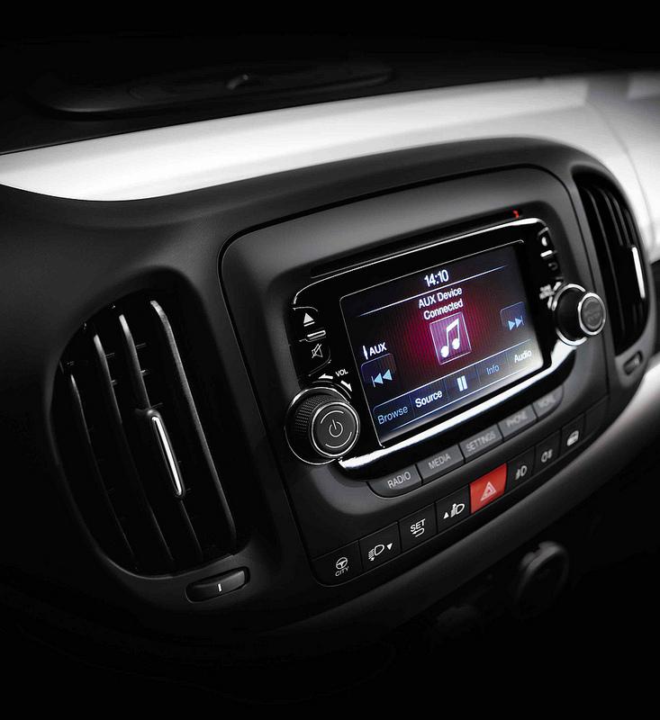 UConnect u Fiatu 500L u izboru AOL najboljih auto tehnologija 2012