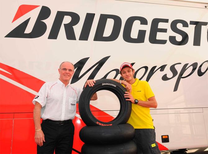 3 nove Bridgestone gume za sve motocikliste