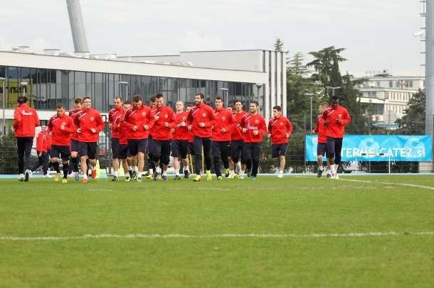 Prvi tim Crvene zvezde na pripremama
