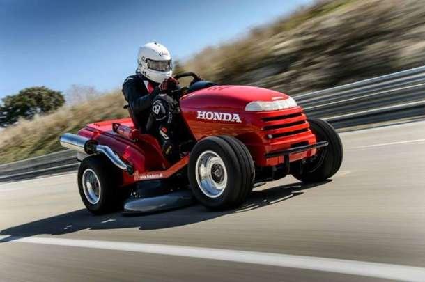Honda kosilica za travu koja juri 187 km/h