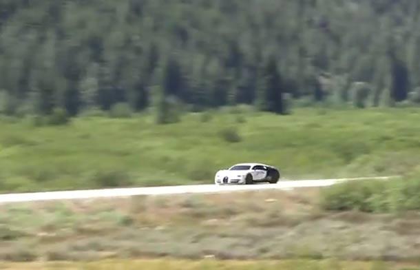 VIDEO Ovako zvuči kad Bugatti Veyron protutnji brzinom od 400 km/h!