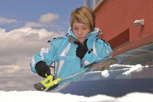 Svaka druga žena izbegava vožnju u zimskim uslovima!