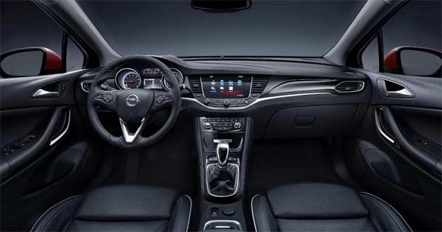 Opel Astra K Enterijer