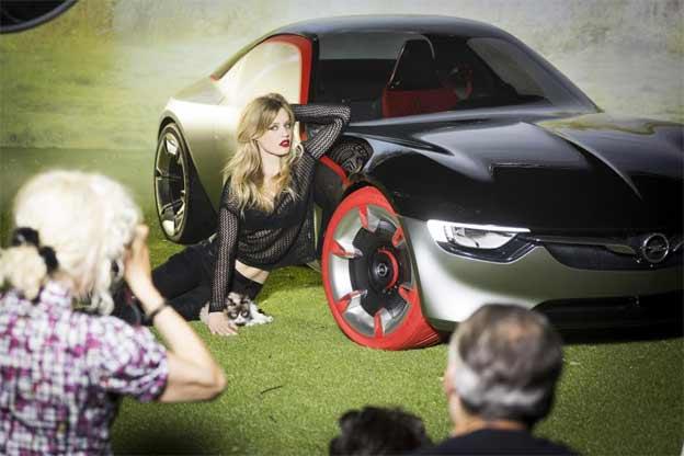 Kako nastaje Opel kalendar