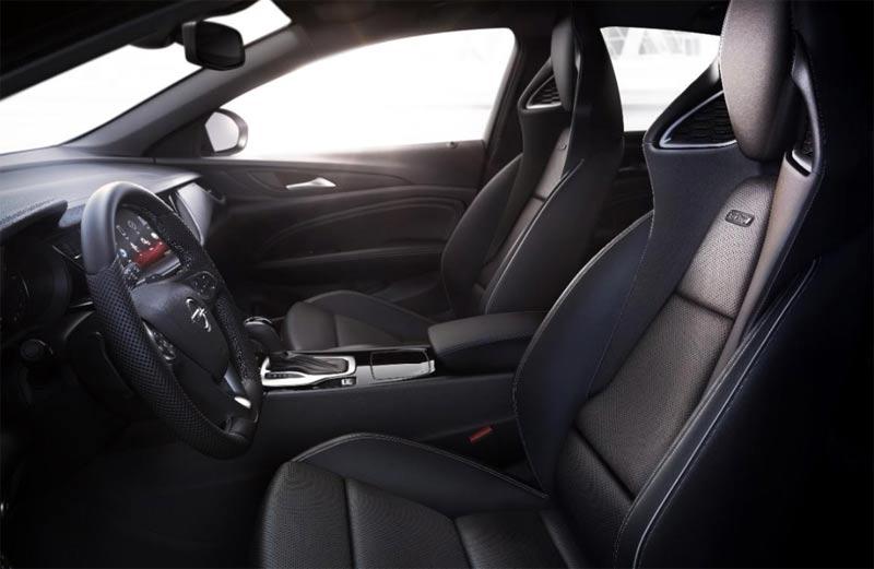 Opel Insignia GSI sedišta