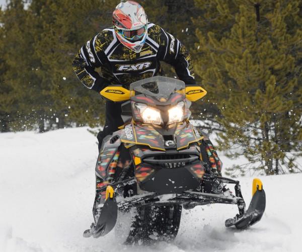 OSM magazin hvali Ski-Doo MXZ-X 800 sanke