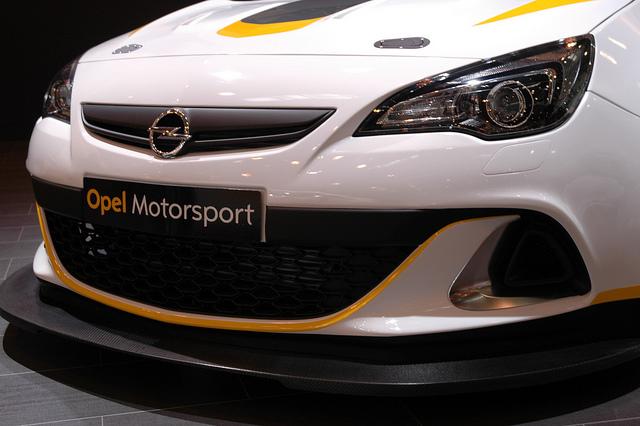 Opel se vraća u moto-sport