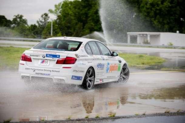 Pogledajte Ginisov rekord u driftovanju: BMW M5