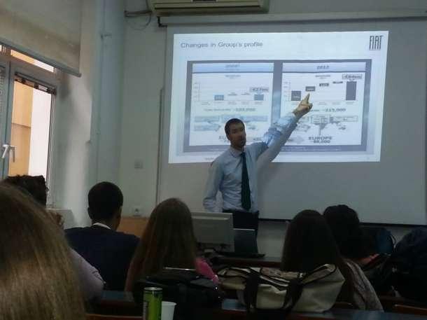 Predavanje Fiatovog menadžera Andrea Valentea na FONu