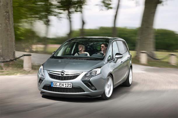 Opel Zafira Tourer sa 200 KS: Najmoćniji kompaktni monokeb