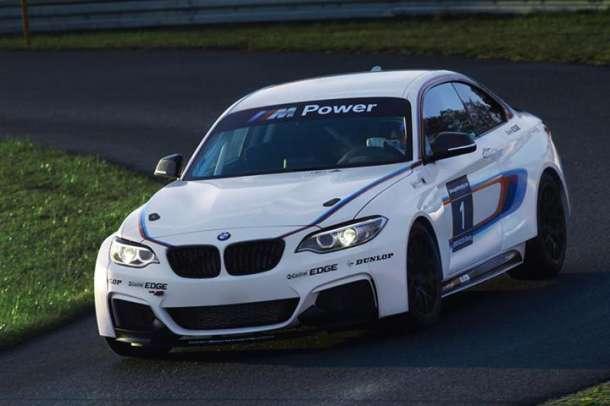 BMW M235i Racing!