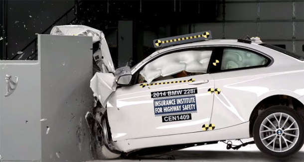 "BMW serije 2 ocenjen od strane IIHS ocenom ""Top Safety Pick+"""